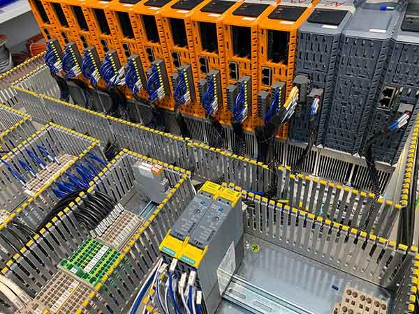 Progettazione-e-cablaggio-quadri-elettrici-imola
