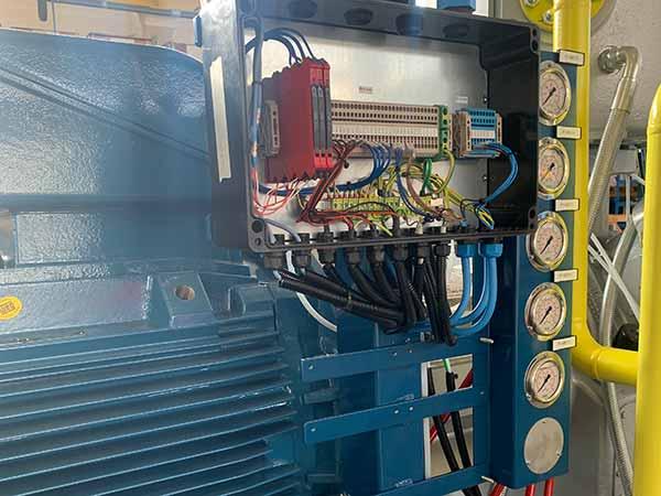 posa-cavi-impianti-bordo-macchina-faenza